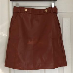 Loft faux leather skirt with pockets
